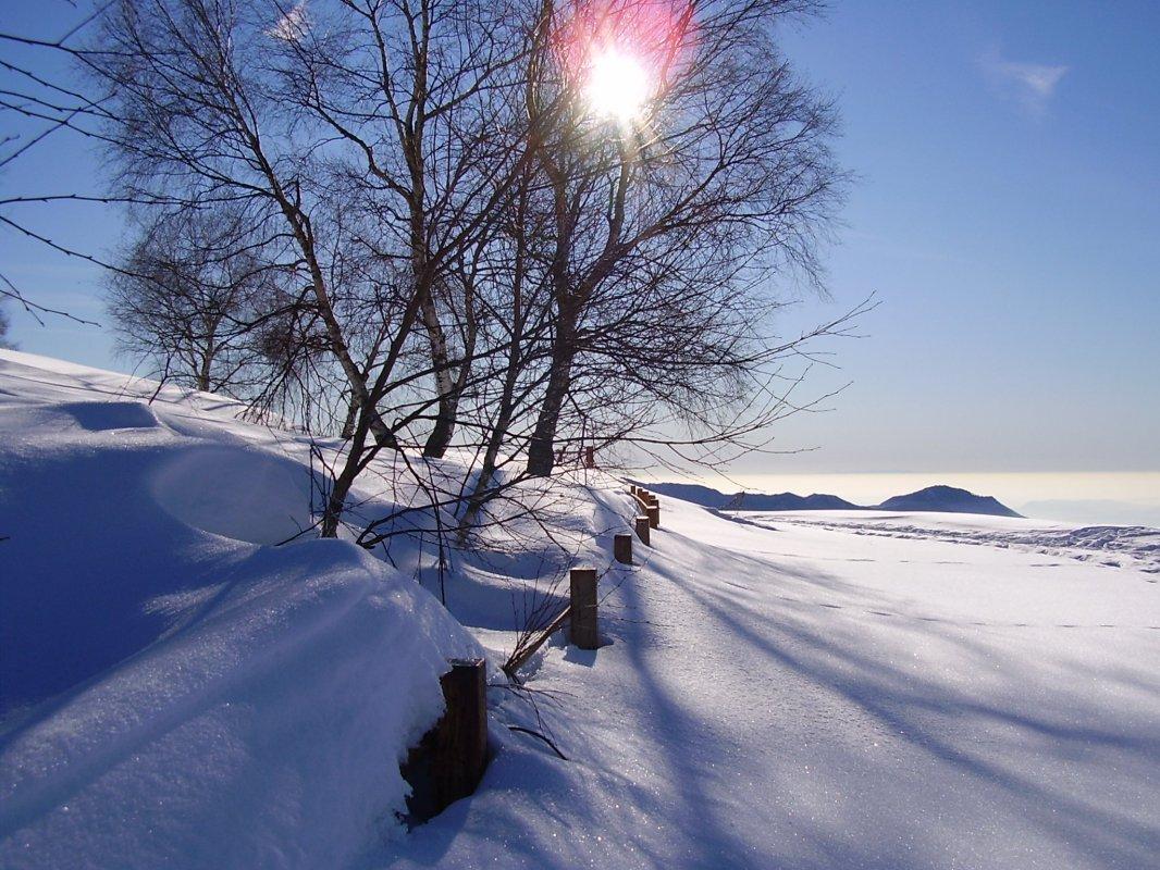Sfondi sfondi inverno 8 for Sfondi desktop inverno montagna
